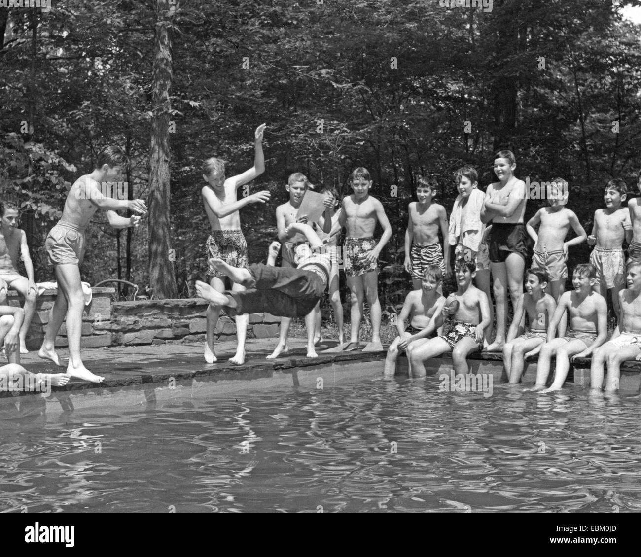 AMERICAN TEENAGE SWIMMERS about 1960 - Stock Image