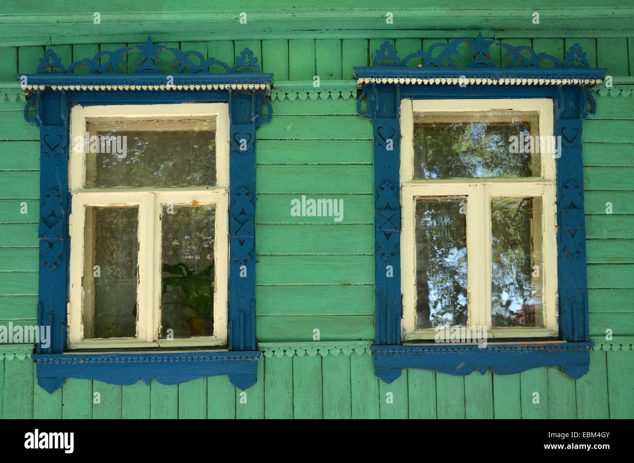 Detail of a wooden isba in Suzdal, Russia - Stock Image