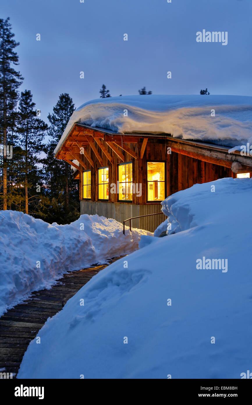 Snow-covered Fritz Hut, Benedict Huts, near Aspen, Colorado USA Stock Photo