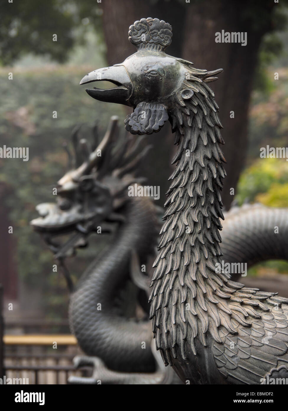 Phoenix and dragon statues at the Summer Palace in Beijing, China - Stock Image