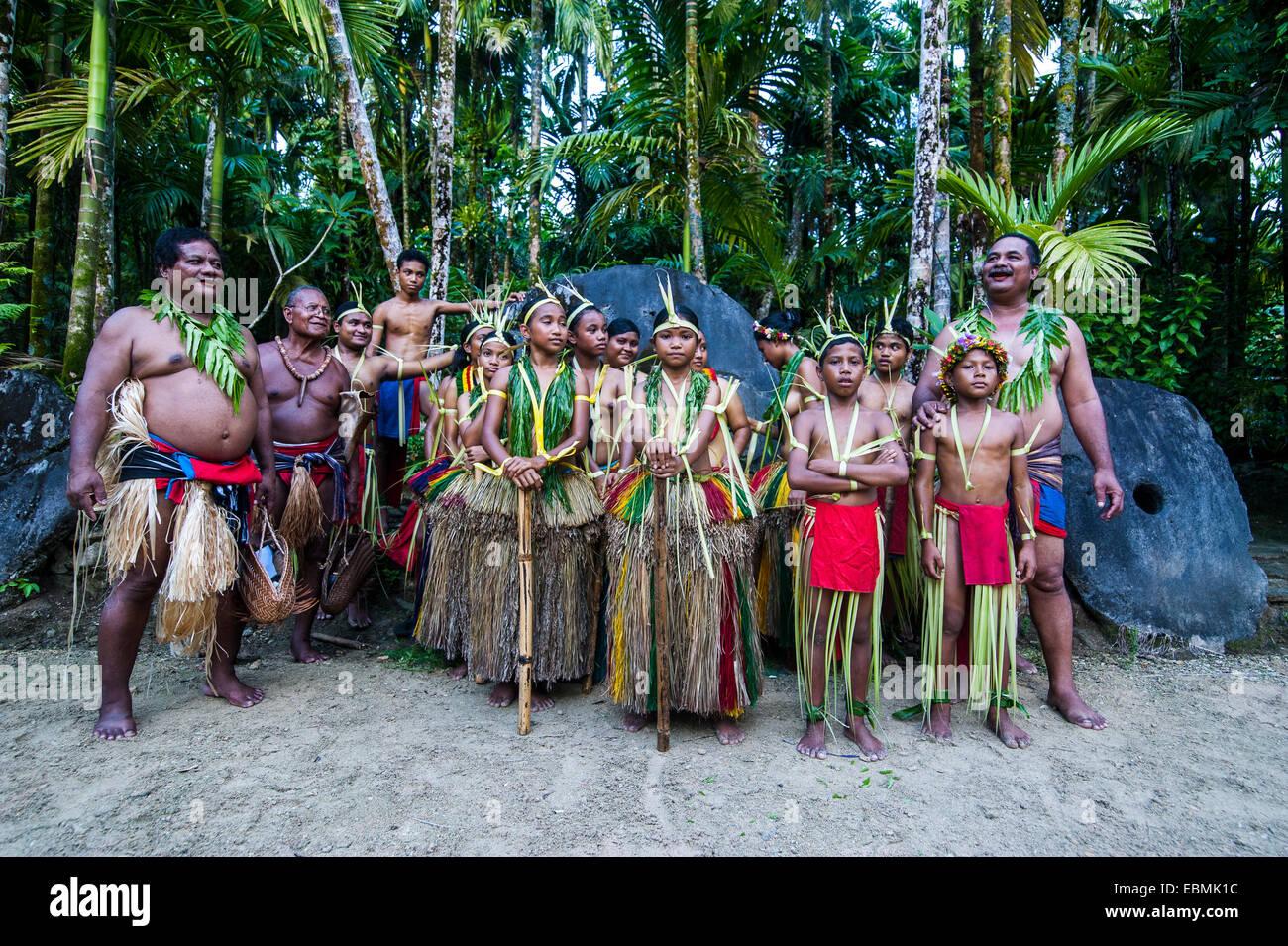 Traditionally dressed islanders, Yap Island, Caroline Islands, Micronesia - Stock Image