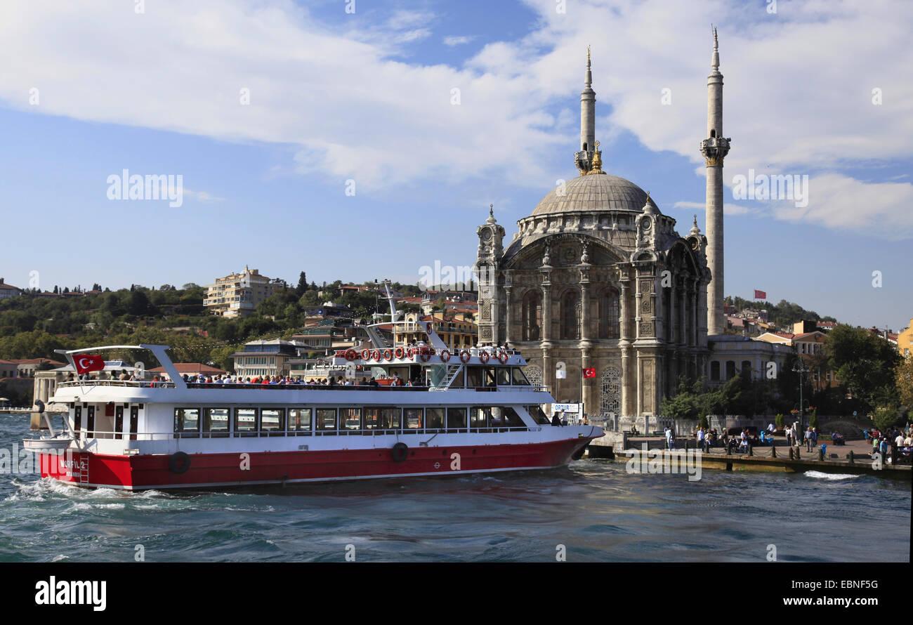 Ortakoey Mosque, Turkey, Istanbul - Stock Image