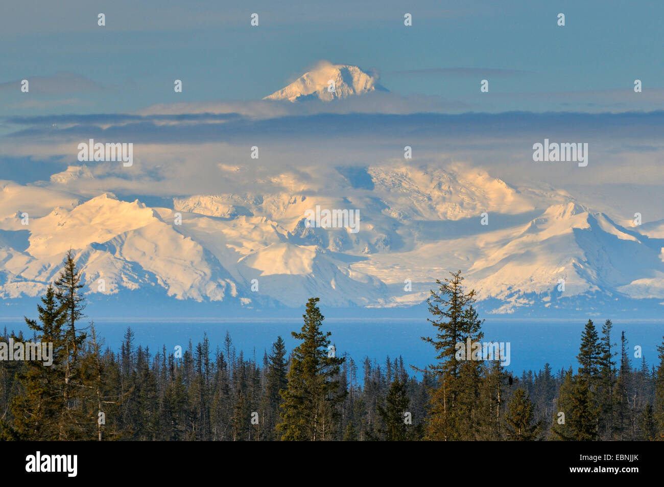 Mount Redoubt, a volcano covered with glaciers, highest mountain of the Aleutian Islands, USA, Alaska - Stock Image