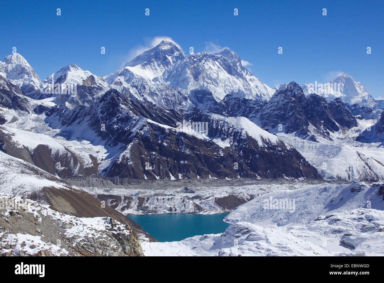 Mount Everest, Nuptse, Lhotse and Makalu, in front Lake of Gokyo. View from Renjo La, Nepal, Khumbu Himal - Stock Image