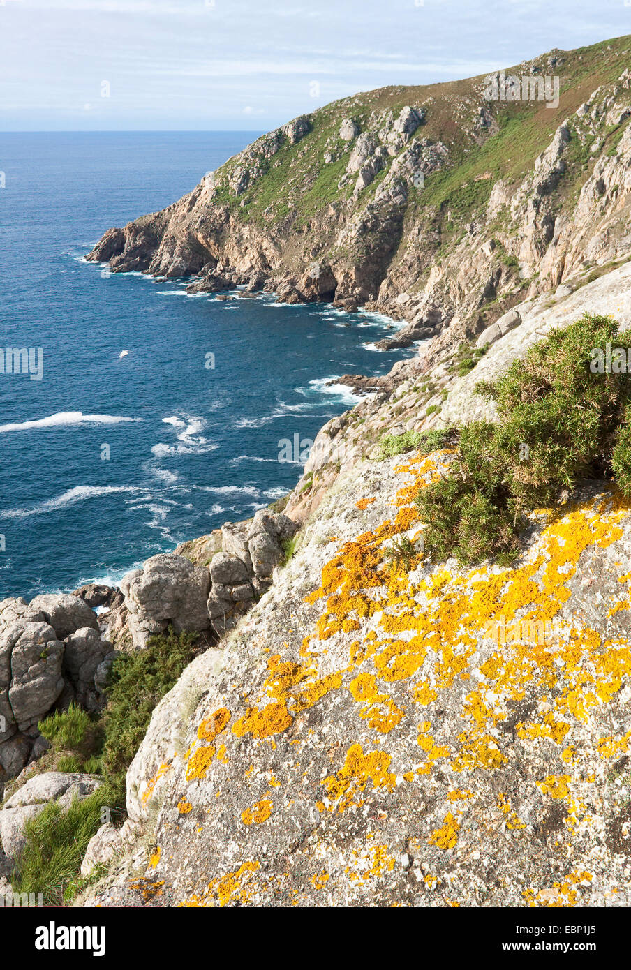 craggy rock bay at Kap Finisterre, Spain, Galicia, A Coruna, Kap Finisterre - Stock Image