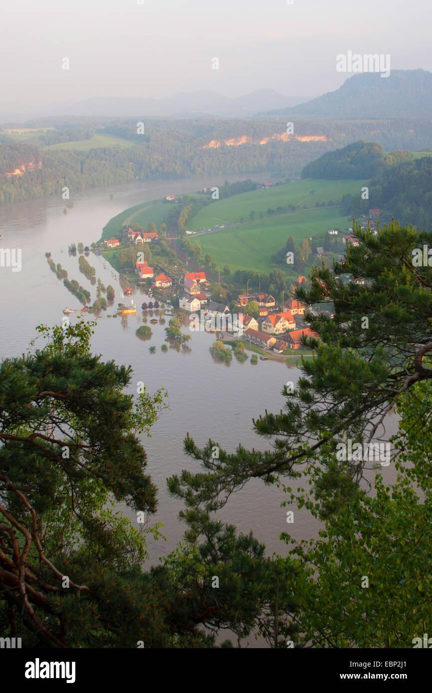 Elbe flood in summer 2013, Germany, Saxony, elbsandsteinge - Stock Image