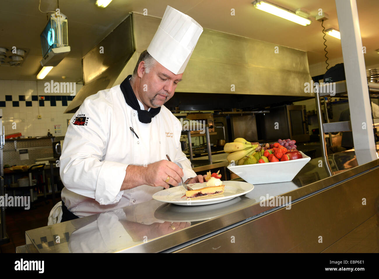 Nigel Davis Head chef at Holiday Inn in Telford cooking catering food kitchen professional - Stock Image