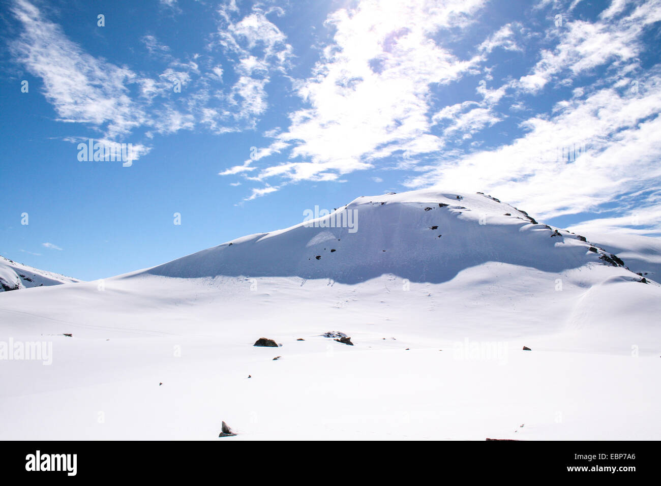 Snowy mountain with blue skyes - Stock Image
