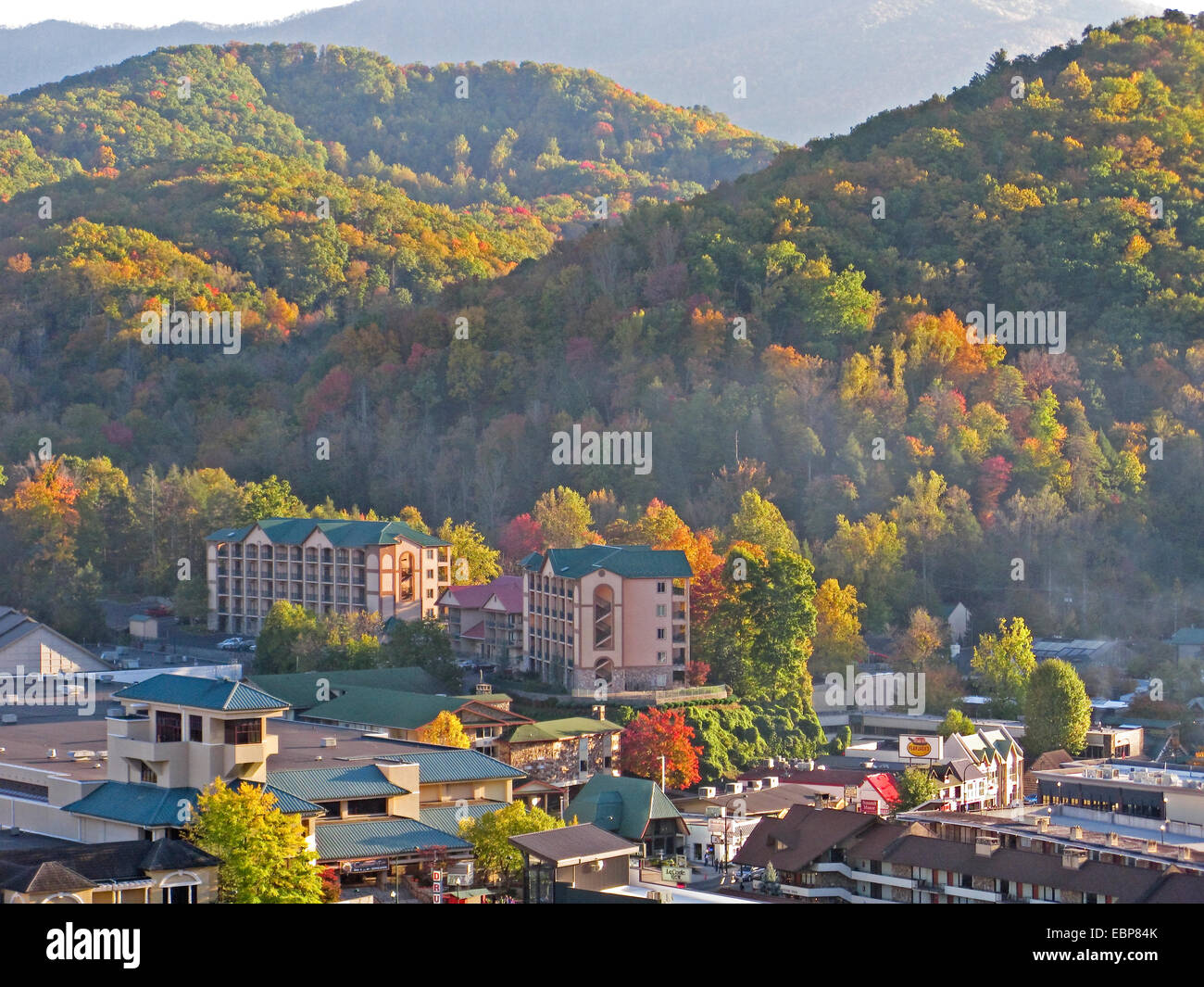 Gatlinburg, Tennessee, next to Great Smoky Mountains National Park, in autumn. - Stock Image