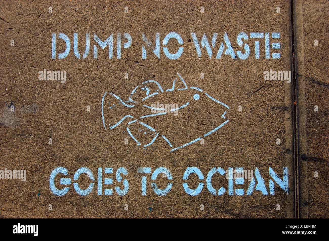 Dump No Waste Sign - Stock Image