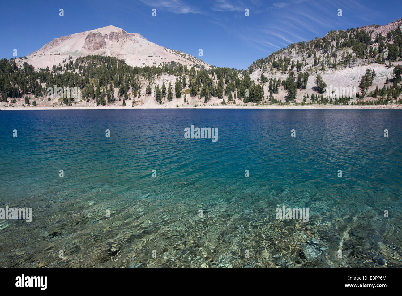 Hellen Lake with Mount Lassen, 3187 m, in the background, Lassen Volcanic National Park, California, United States - Stock Image