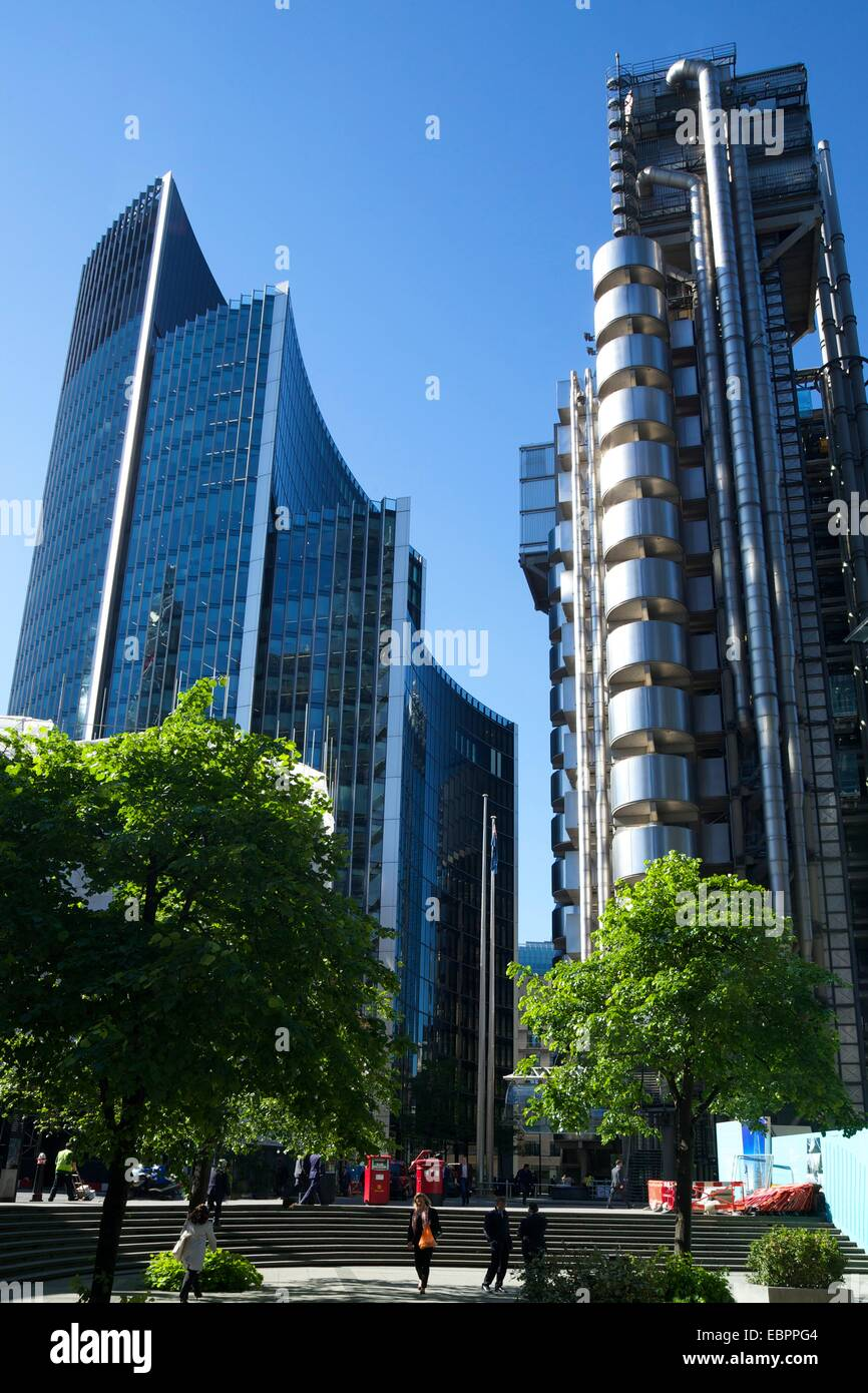 Lloyds and Willis buildings, financial district, City of London, England, United Kingdom, Europe - Stock Image
