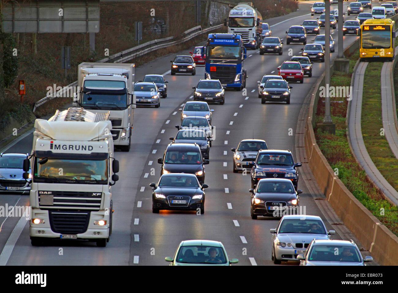 traffic density on motorway A40, Germany, North Rhine-Westphalia, Ruhr Area, Essen - Stock Image