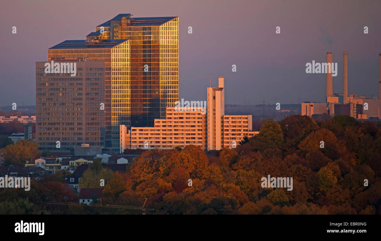 Fujitsu building at dusk, Muenchen-Schwabing, 24.10.2013, Germany, Bavaria, Muenchen - Stock Image