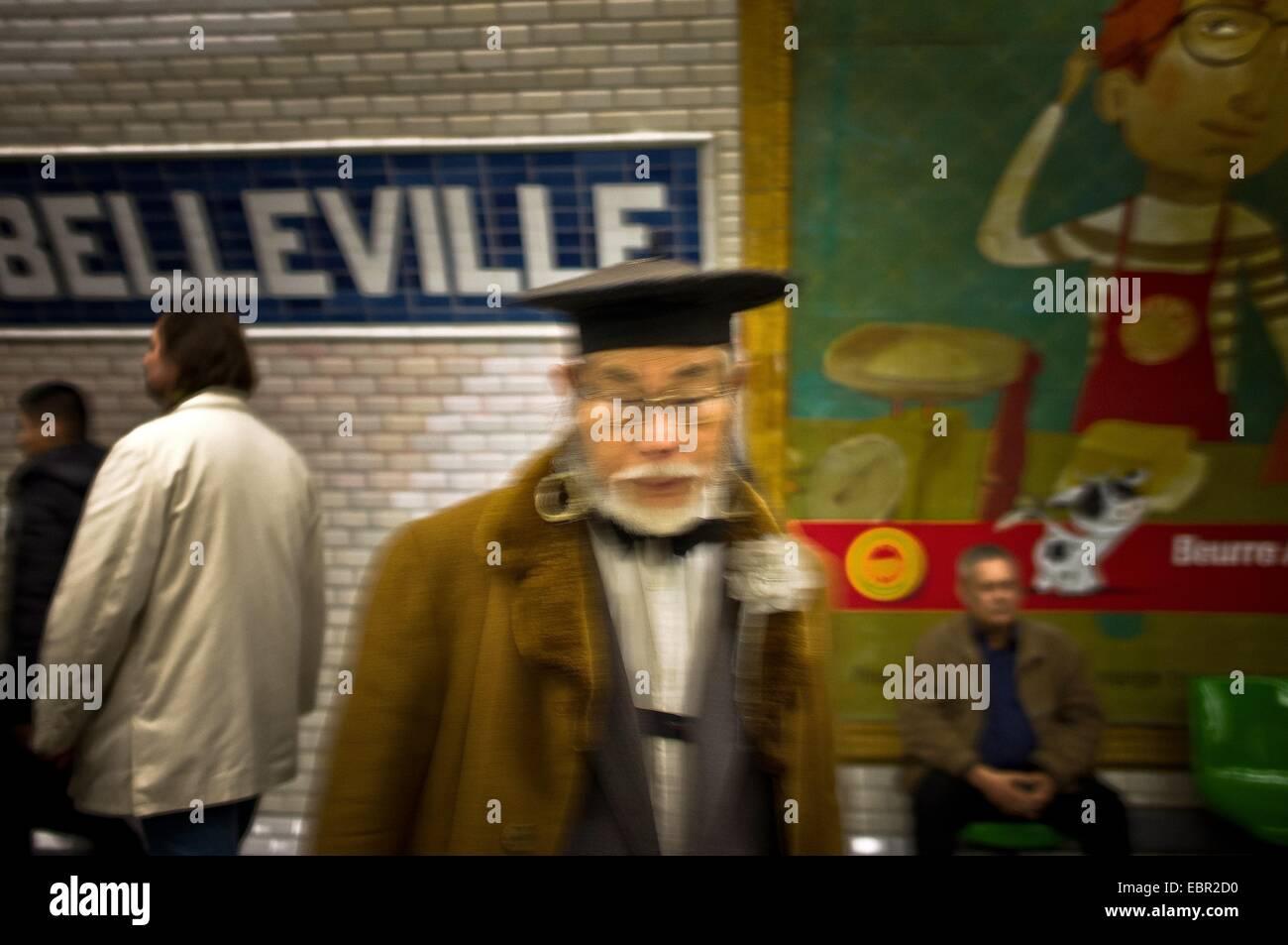 ActiveMuseum_0002401.jpg / 'Belleville' subway station in one shot. Mr Morimoto 25/02/2012  -   Sylvain - Stock Image