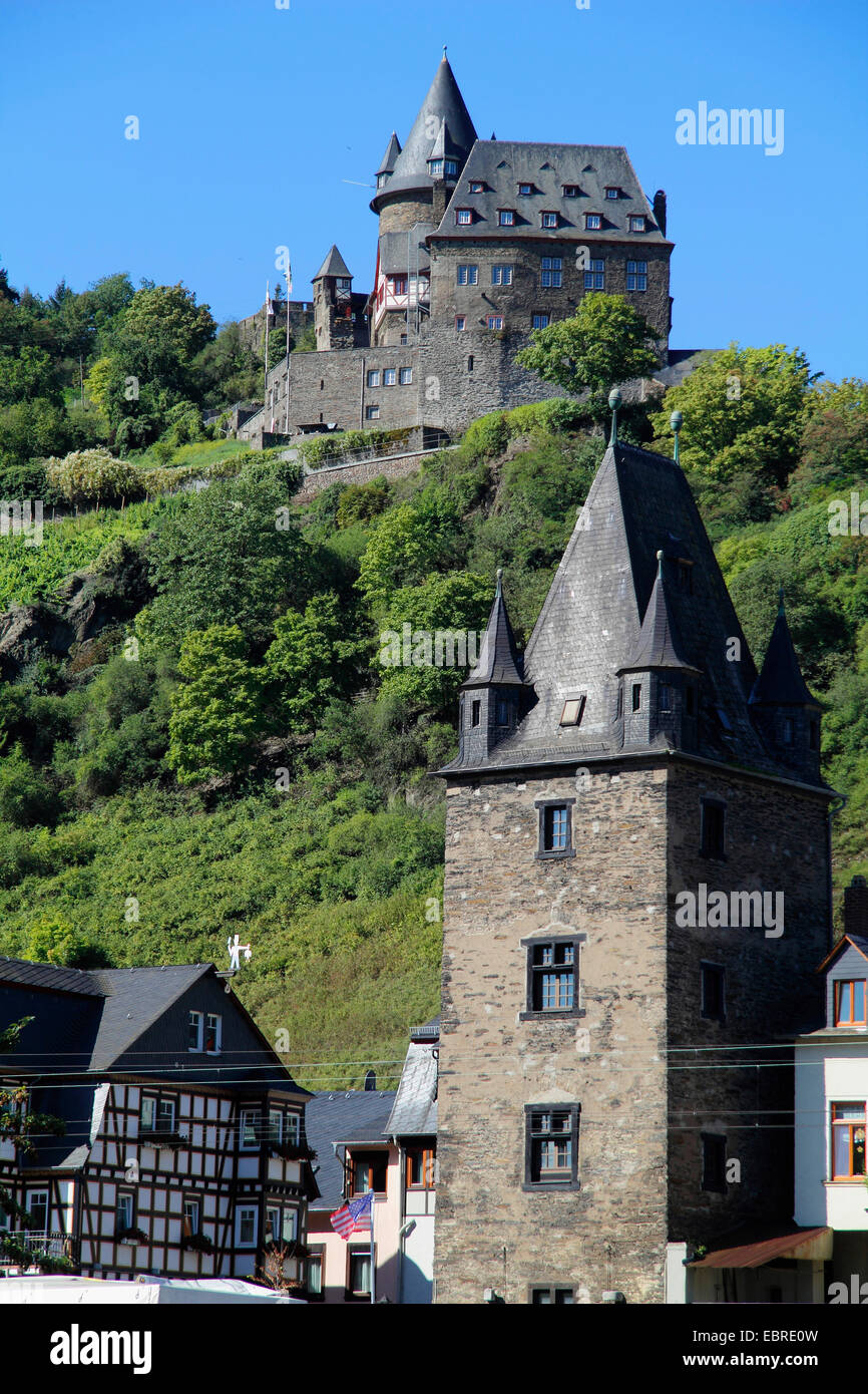 medieval Marktturm und castle Stahleck, Germany, Rhineland-Palatinate, Bacharach - Stock Image