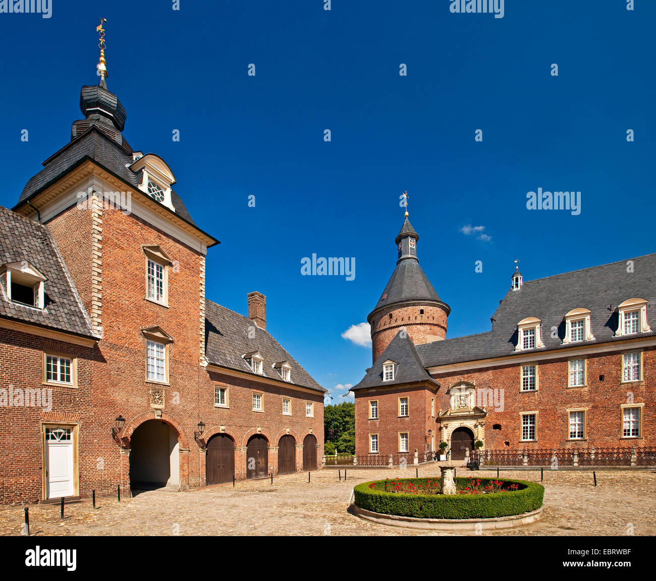 moated castle Anholt, Germany, North Rhine-Westphalia, Muensterland, Isselburg-Anholt - Stock Image