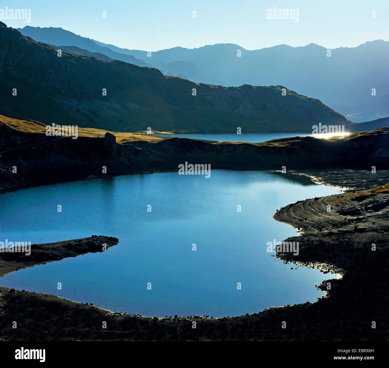 Lac au col des Rochilles at massif des Cerces in morning lighr, France, Savoie , Hautes-Alpes, Briancon Valloire - Stock Image