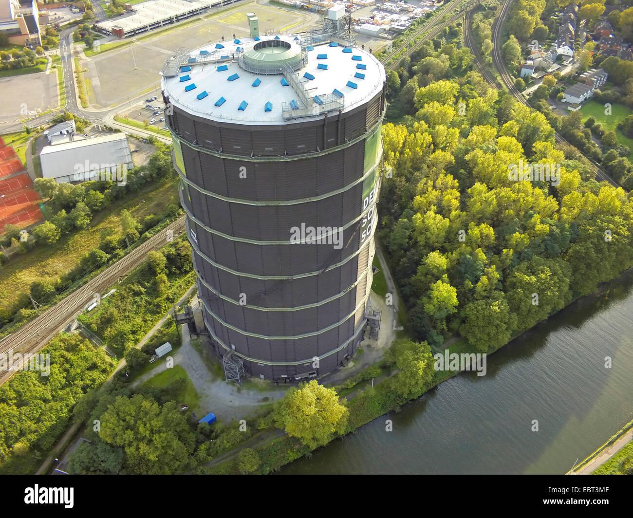aerial view to Gasometer Oberhausen, Germany, North Rhine-Westphalia, Ruhr Area, Oberhausen - Stock Image