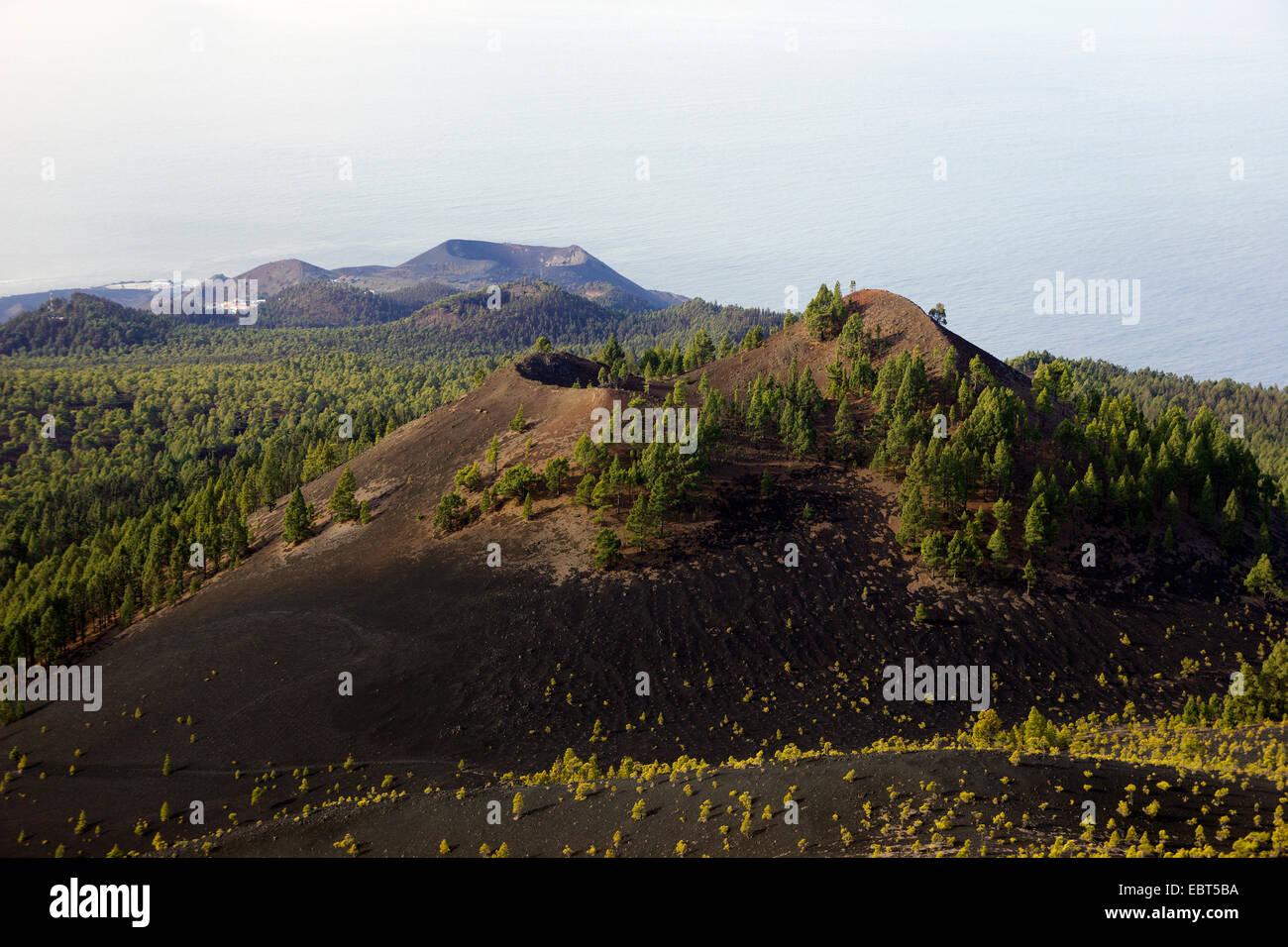 view from Martin volcano to Monta�a del Fuego and San Antonio volcano, Ruta de los Volcanes, Canary Islands, La - Stock Image