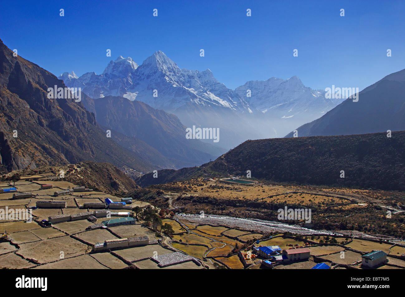 Thame with Kangtega, Thamserku and Kusum Khangkaru, Nepal, Khumbu Himal - Stock Image