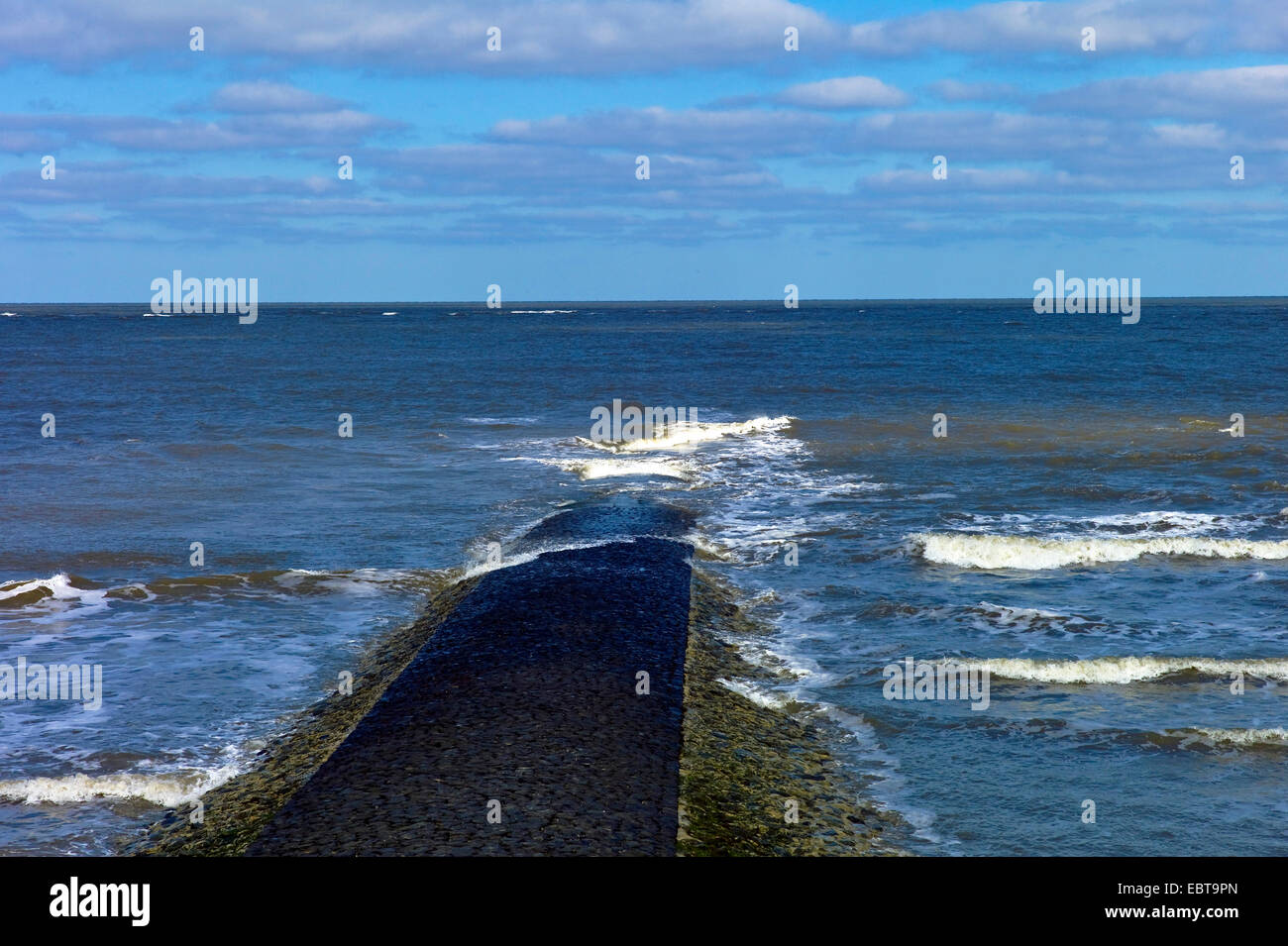 view along a spur dike at the sea, Germany, Lower Saxony, Baltrum - Stock Image