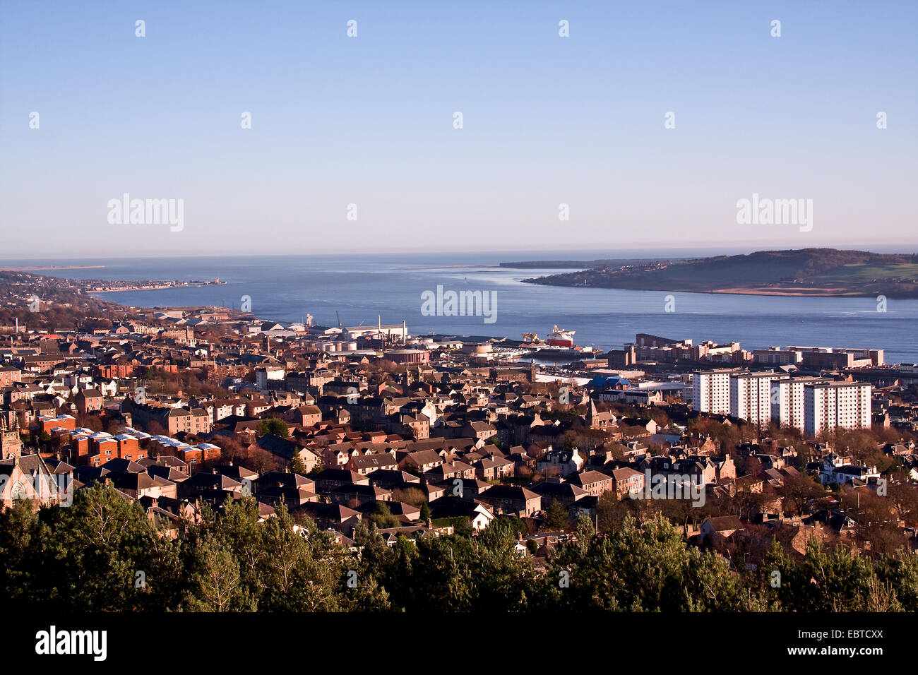 Landscape view of the River Tay Estuary and Dundee City in early Winter Sunshine, UK - Stock Image