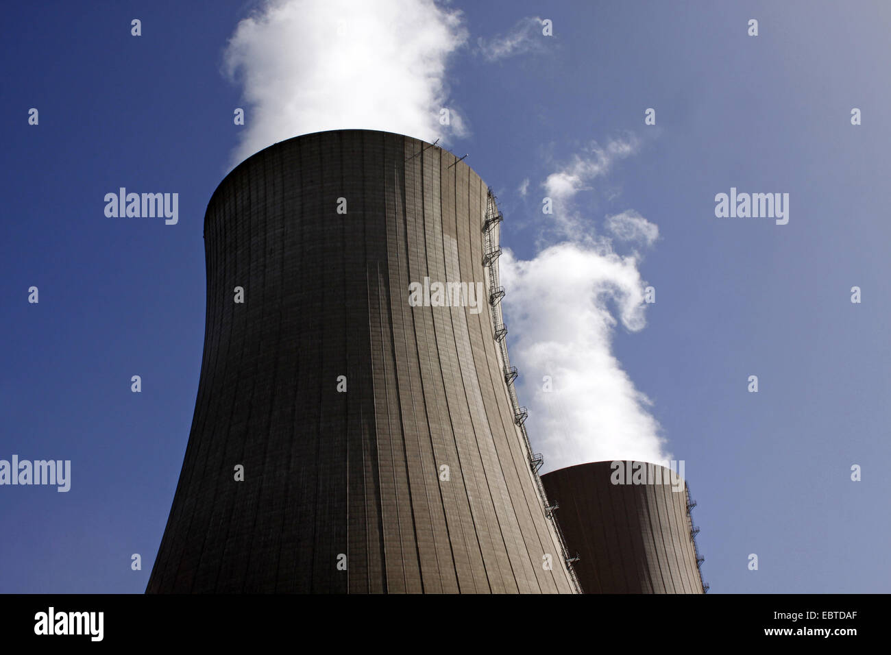 two looming cooling towers of the nuclear power plant Grohnde, Germany, Lower Saxony, Grohnde - Stock Image