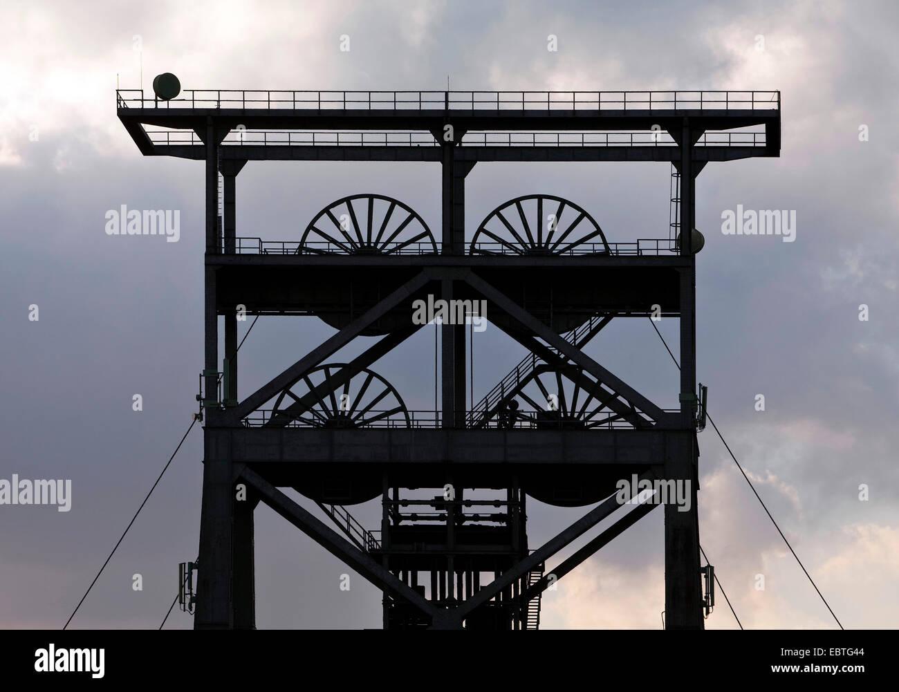 silhouette of headframe Gneisenau, Germany, North Rhine-Westphalia, Ruhr Area, Dortmund - Stock Image