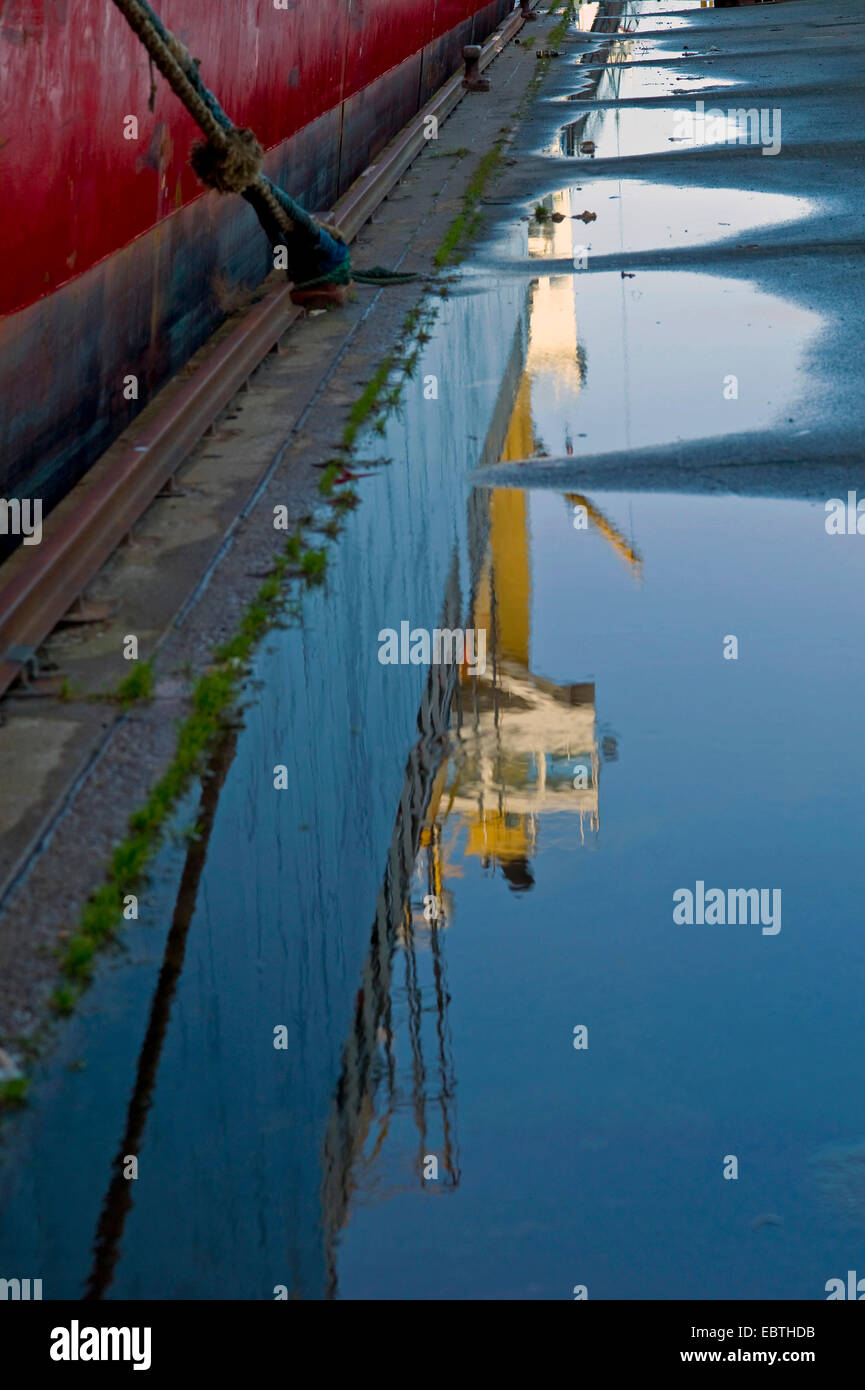 Ships and puddles 18