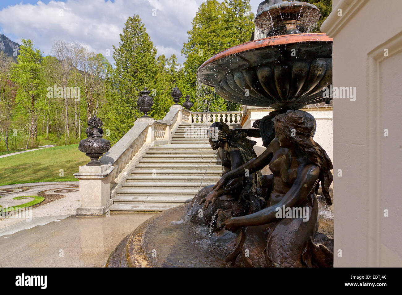 fountain and stairway in the park of Linderhof Palace, Germany, Bavaria, Oberbayern, Upper Bavaria, Ettal - Stock Image