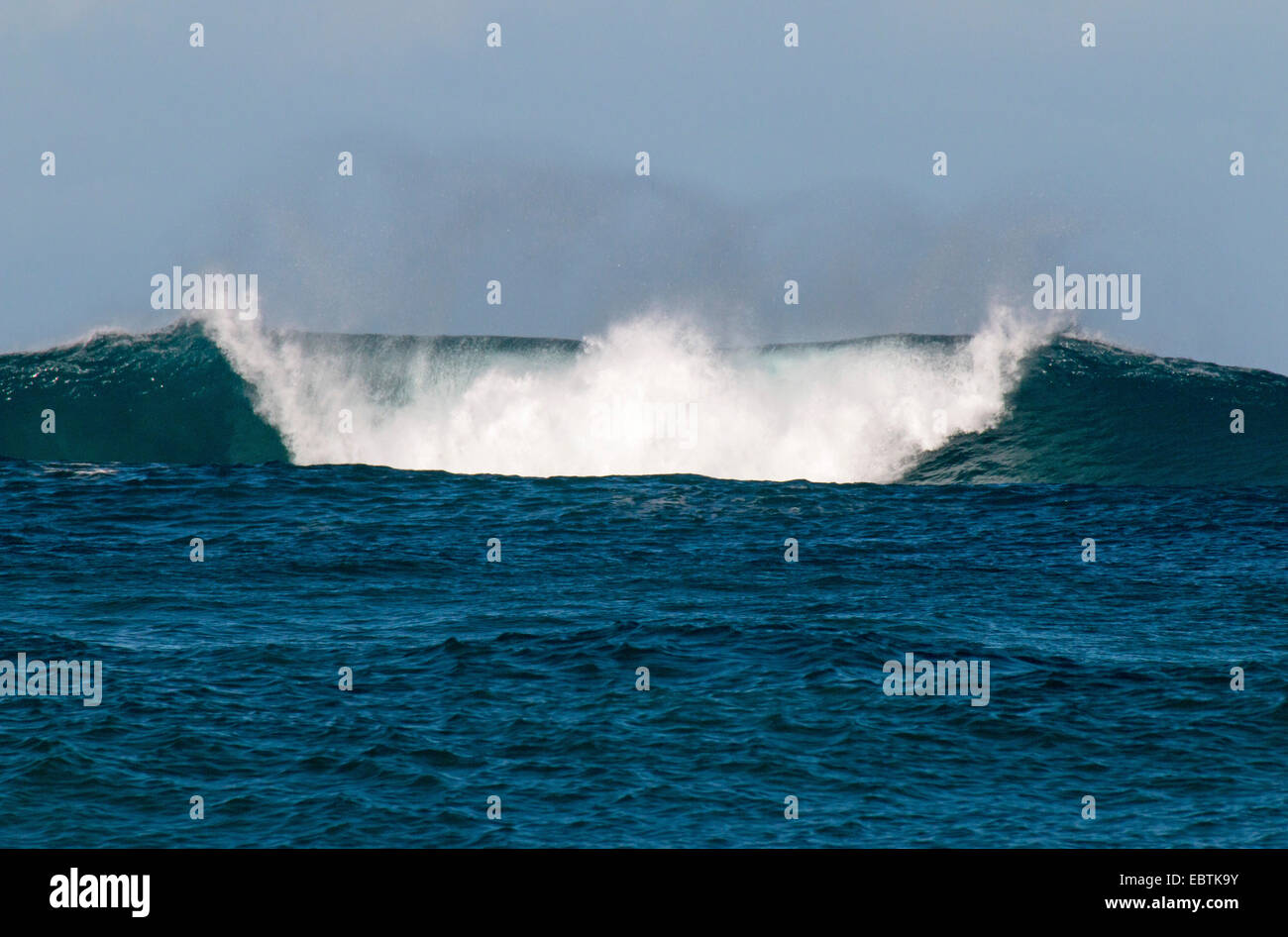 breaking wave of the Indian Ocean, Australia, Western Australia, Port Gregory - Stock Image