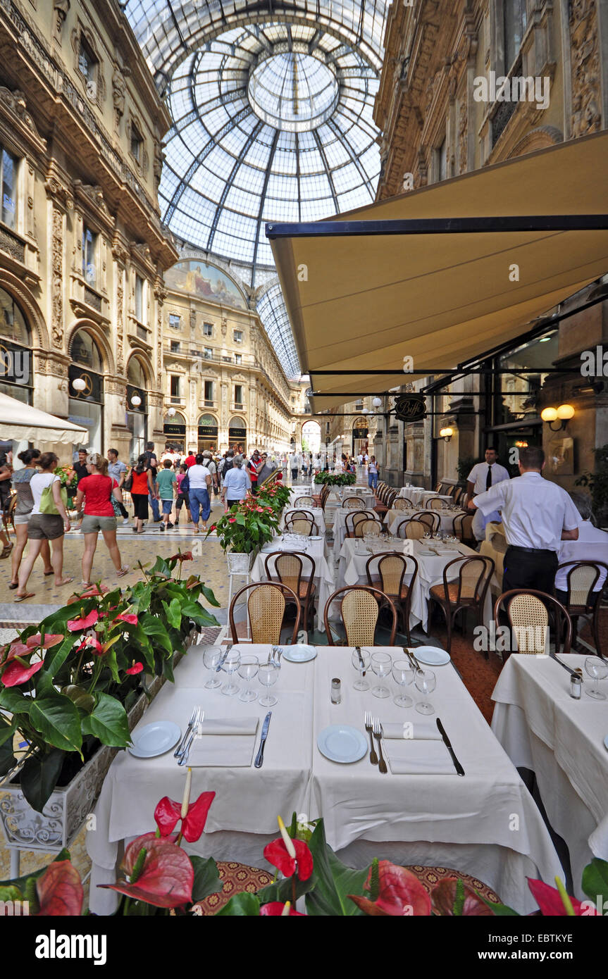 Restaurant In The Galleria Vittorio Emanuele Ii Italy Milan Stock