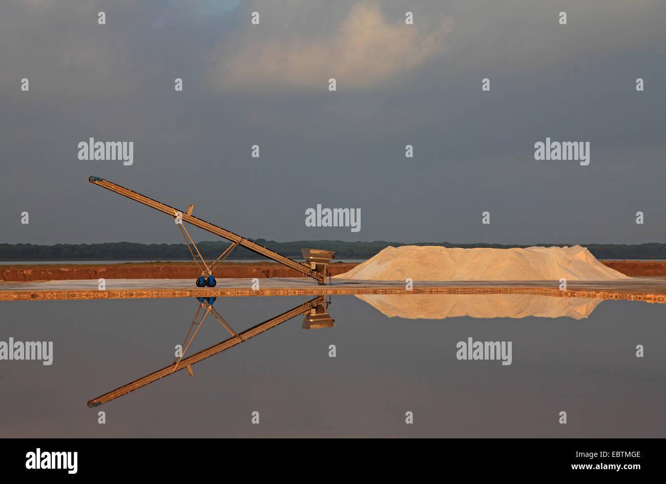 belt conveyor of a saline, salt production, Spain, Sanlucar de Barrameda - Stock Image