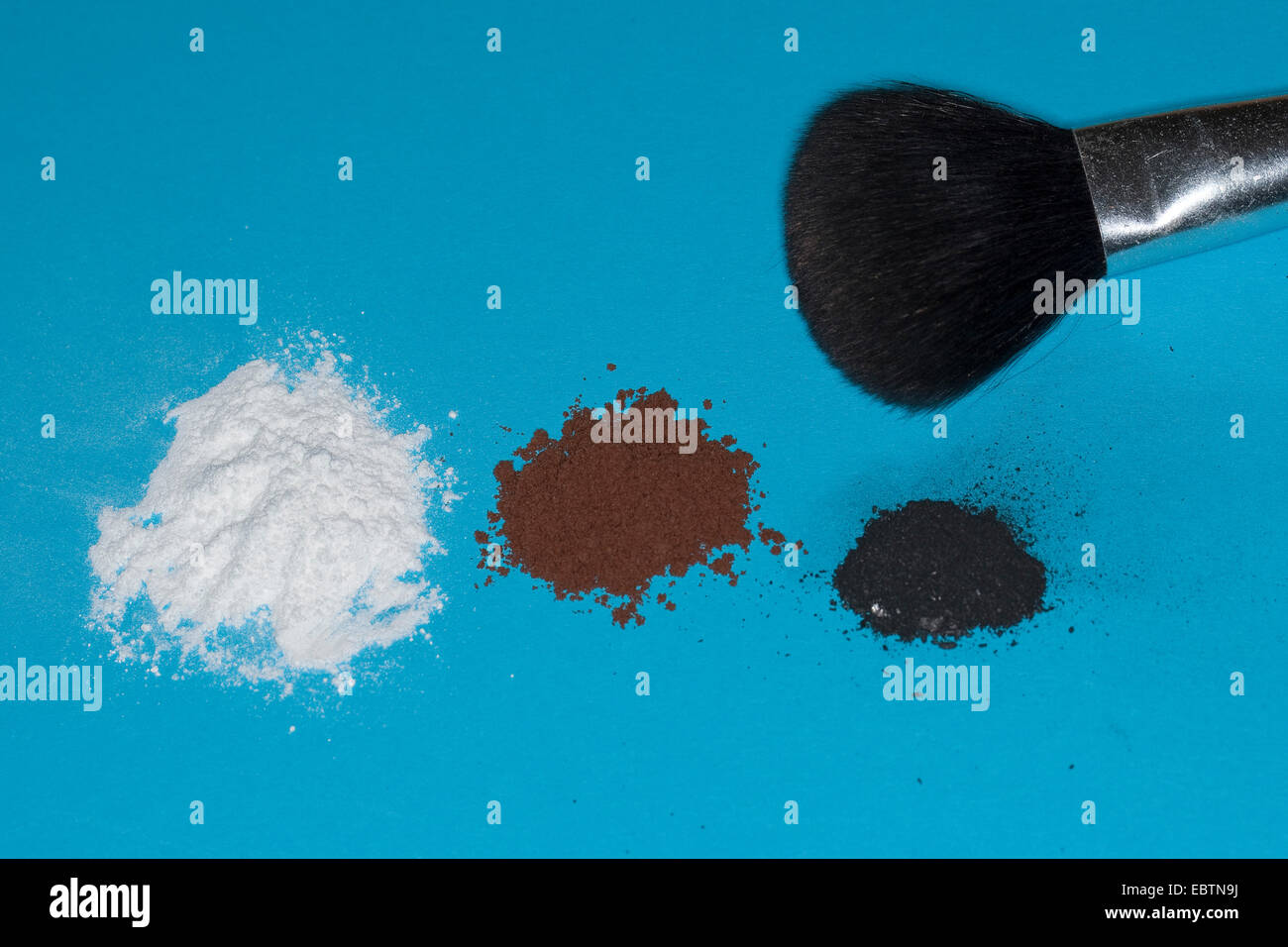 material for taking fingerprints: powder, cacao powder, graphite from a pencil - Stock Image