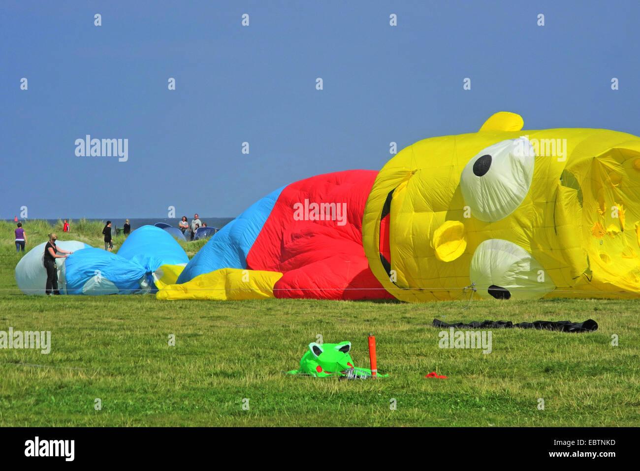 kites at the kite festival in Schillig, Bart Simpson, Germany, Lower Saxony, Frisia, Wangerland - Stock Image