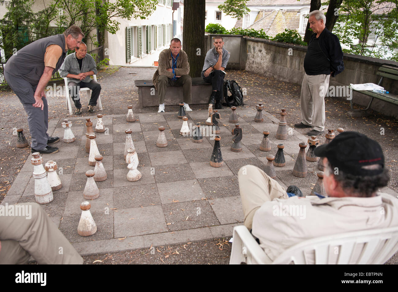 Men playing chess in Old town, Switzerland, Zurich - Stock Image