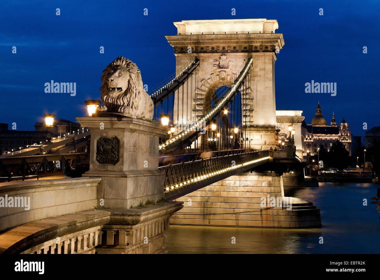 Budapest, Chain bridge in the evening, Hungary, Budapest Stock Photo