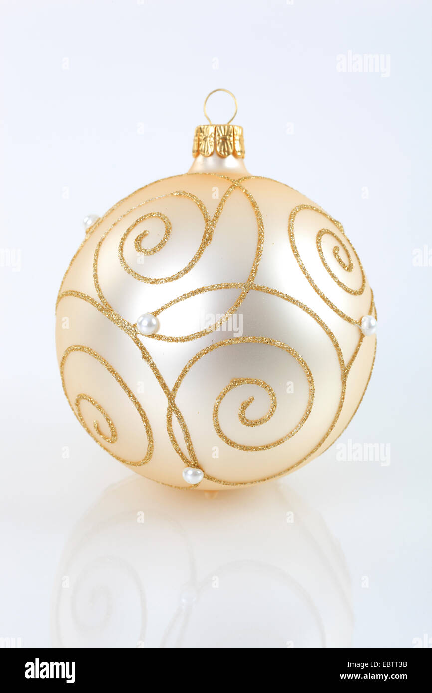 Christmas Tree Balls With Golden Ornaments