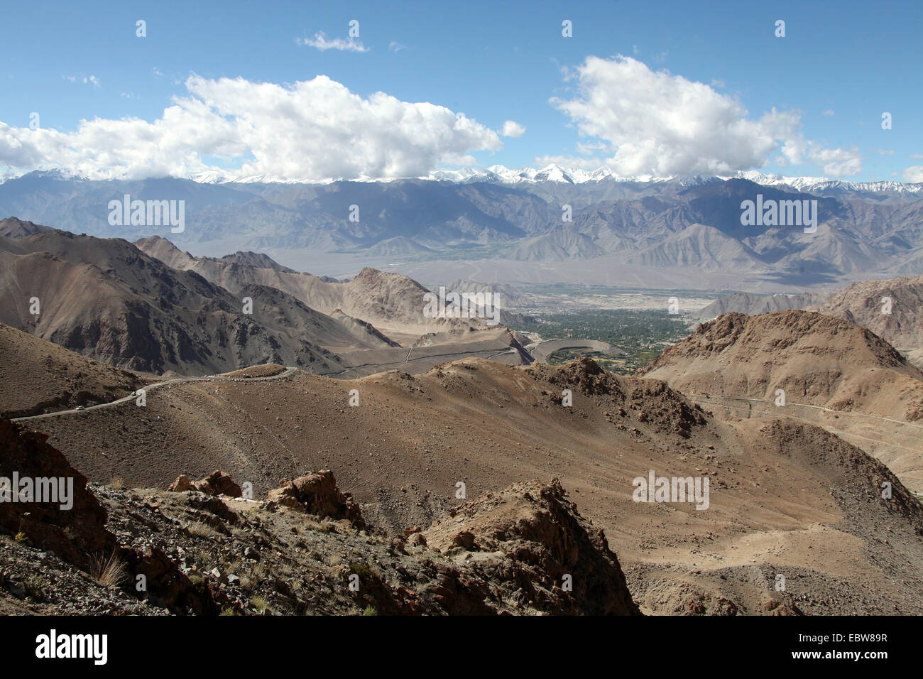 Himalayan mountain road leading out of Leh in Ladakh Stock Photo