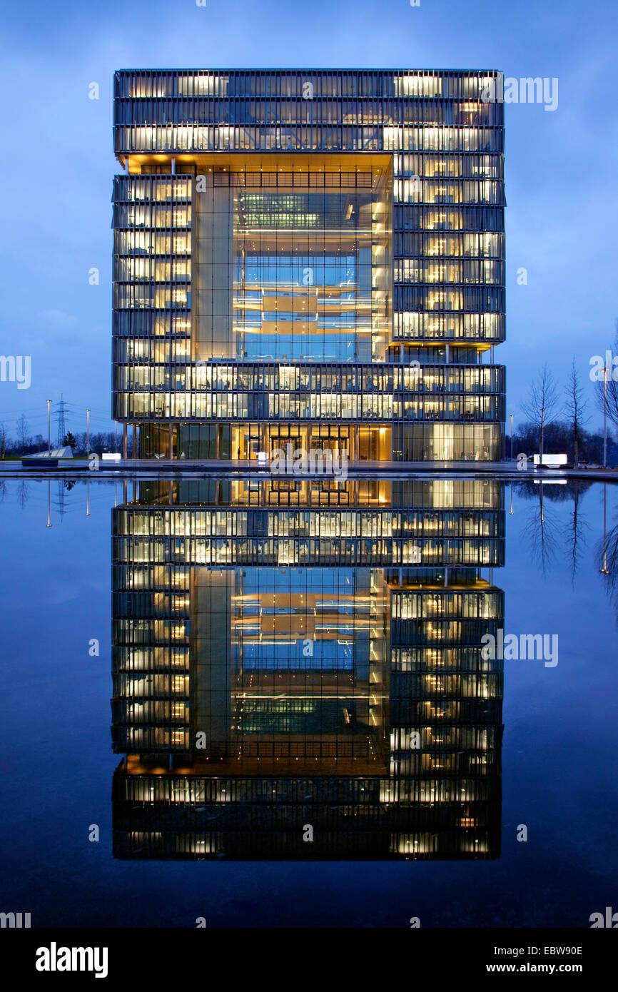 ThyssenKrupp corporate headquarters in twilight, headquater Q1, Germany, North Rhine-Westphalia, Ruhr Area, Essen - Stock Image