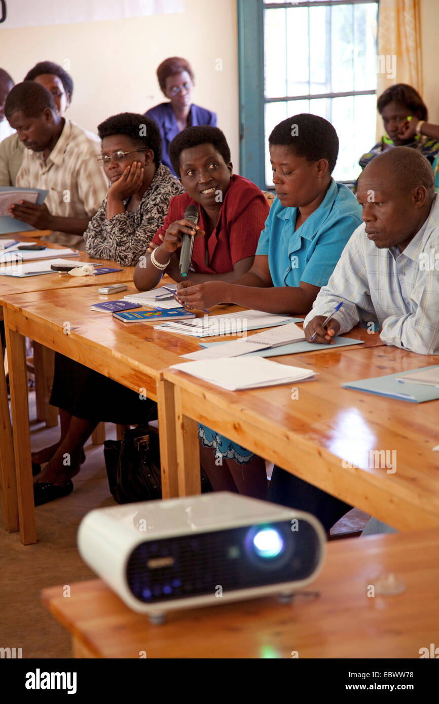 a local non-government organization for human rights taking part in a workshop about that subject, Burundi, Makamba, - Stock Image
