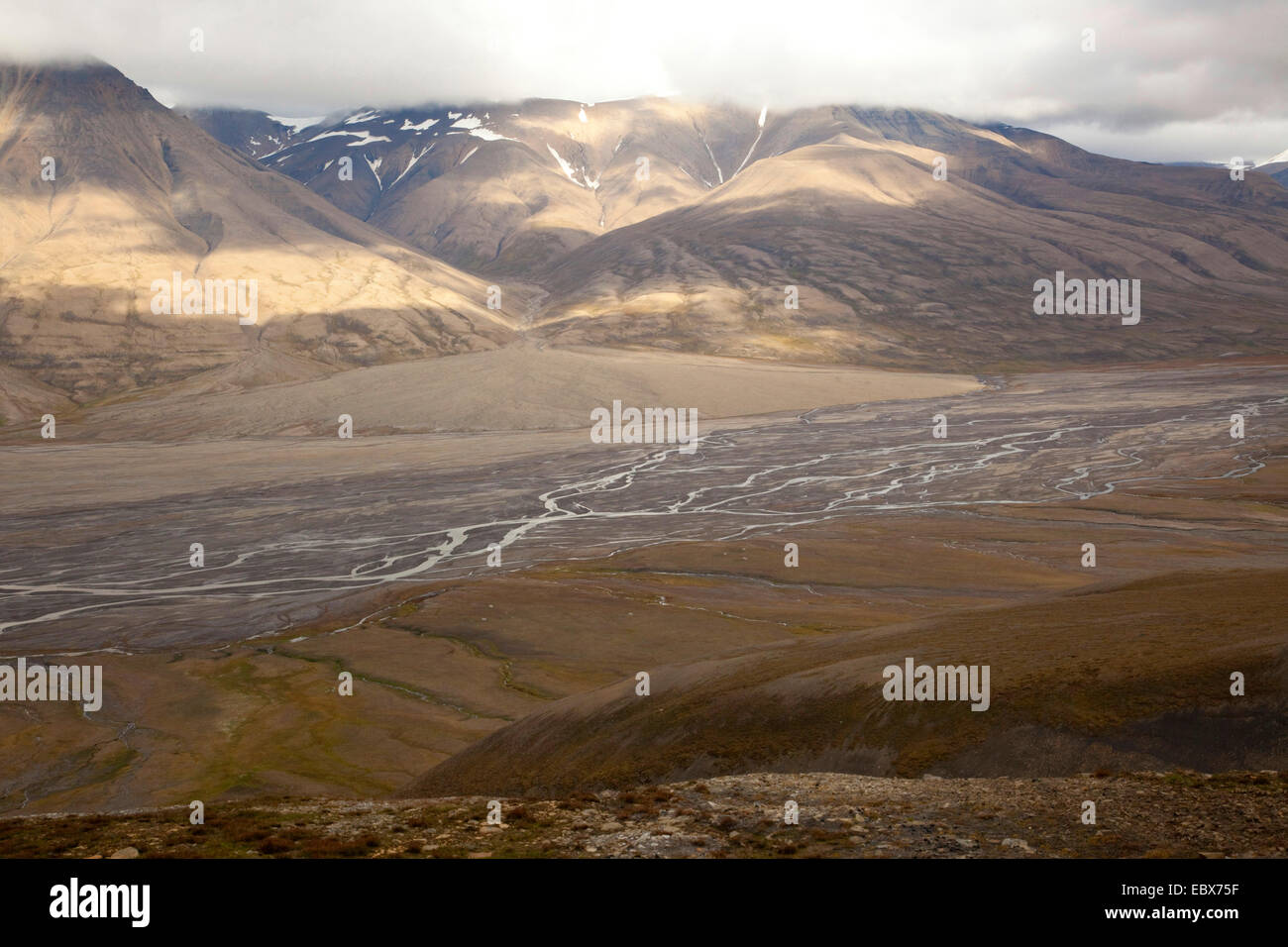 view over a wide valley with a river delta, Norway, Svalbard, Adventdalen, Longyaerbyen - Stock Image