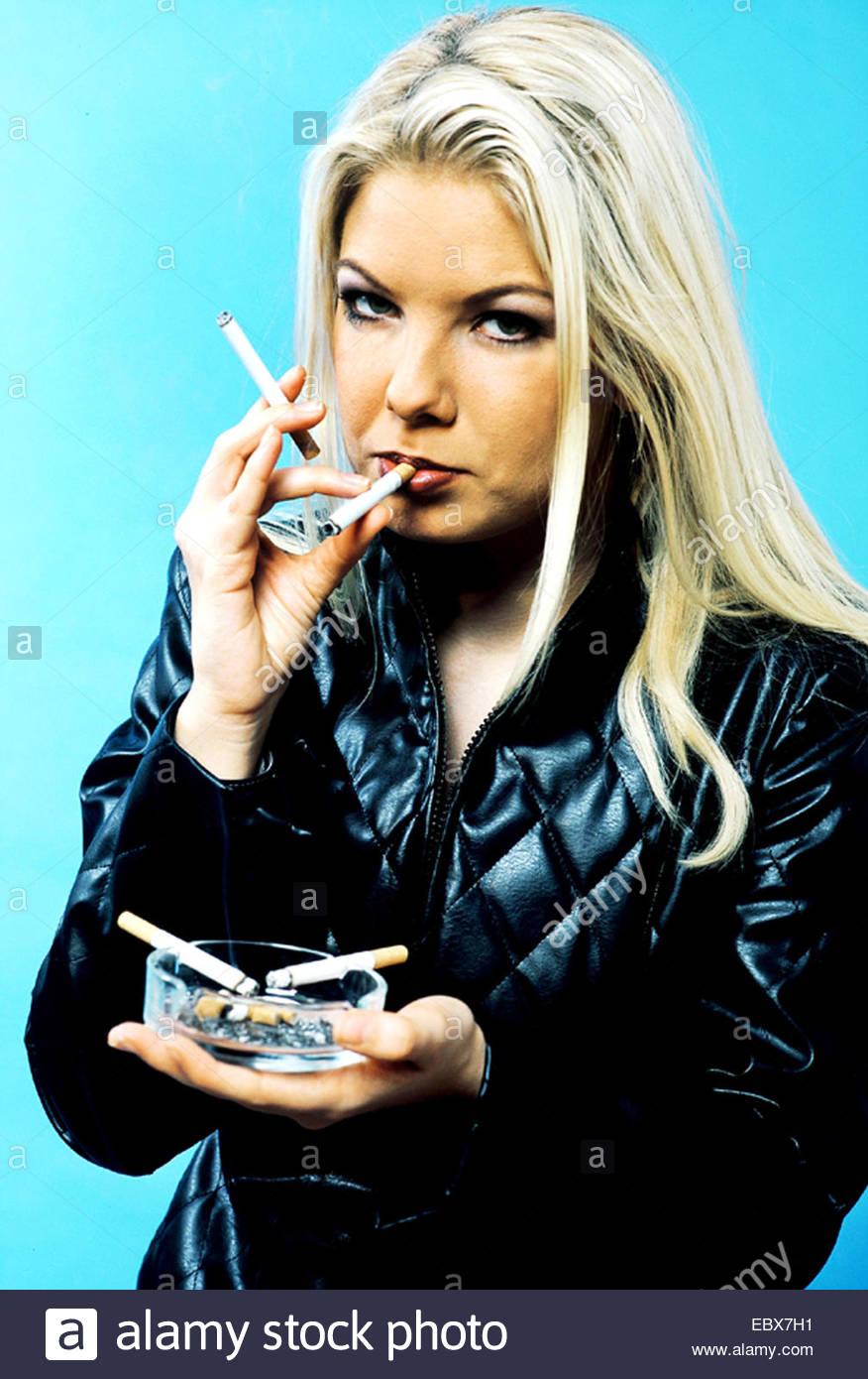 Chain Smoker Stock Photos & Chain Smoker Stock Images - Alamy
