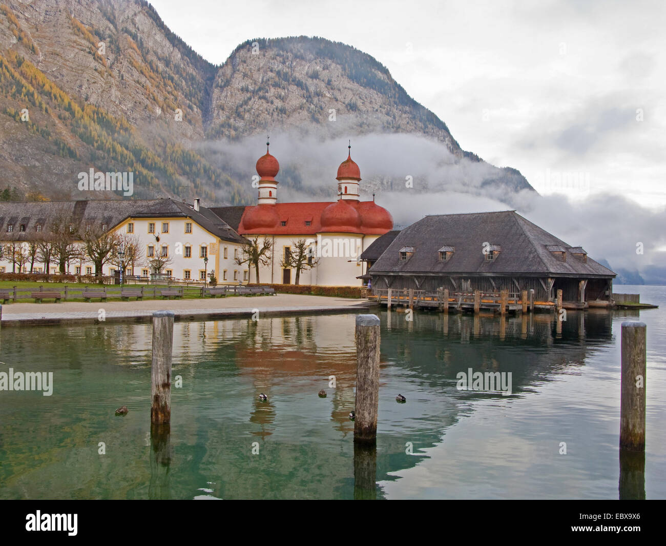 chapel St. Bartholomae with hunting lodge and fishing house in autumn, Germany, Bavaria, Koenigssee - Stock Image