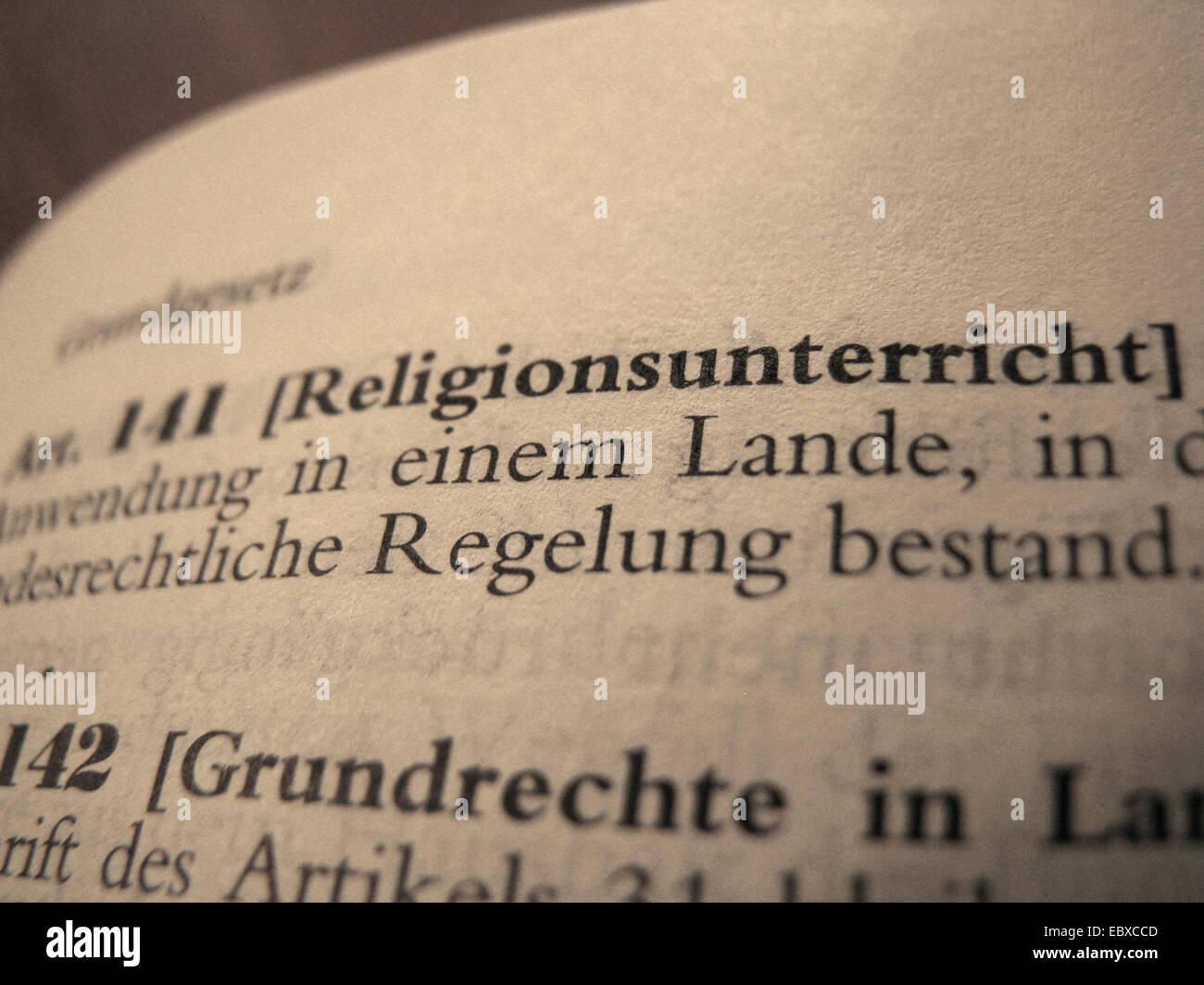 Legal text in statute book of national German public law: Constitutional law, article 141: Religious education (in - Stock Image