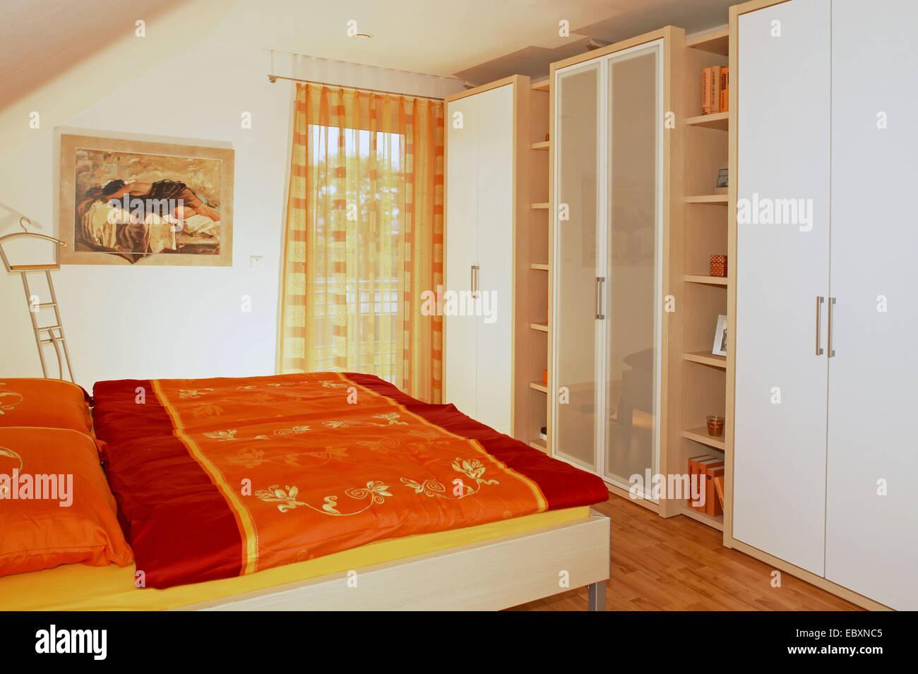 single family house inside, sleeping room Stock Photo: 76190245 - Alamy