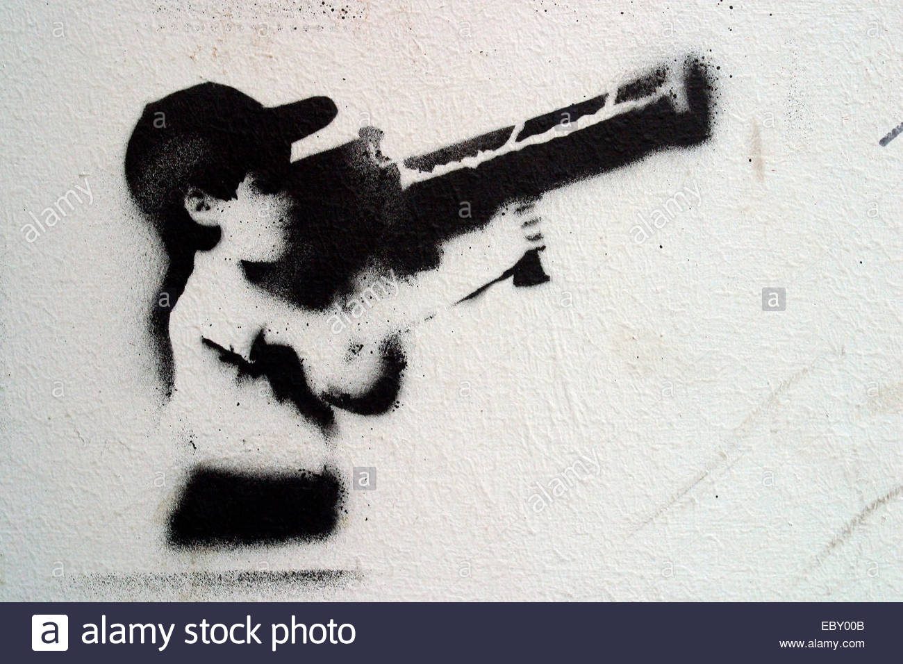 child with bazooka, stencil graffiti - Stock Image