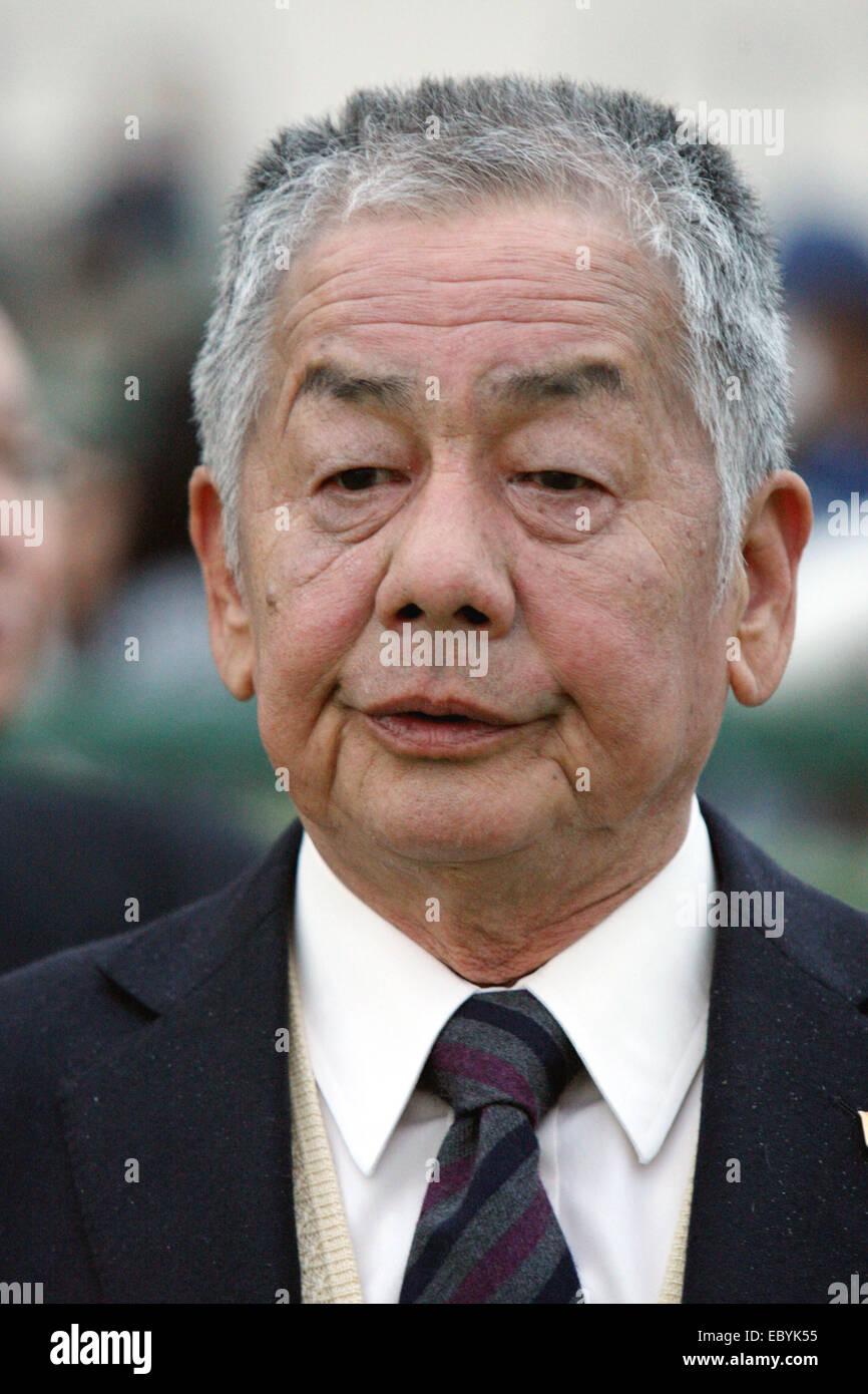 Kyoto, Japan. 30th Nov, 2014. Nobuharu Fukushima Horse Racing : Trainer Nobuharu Fukushima after Am Ball Bleiben - Stock Image