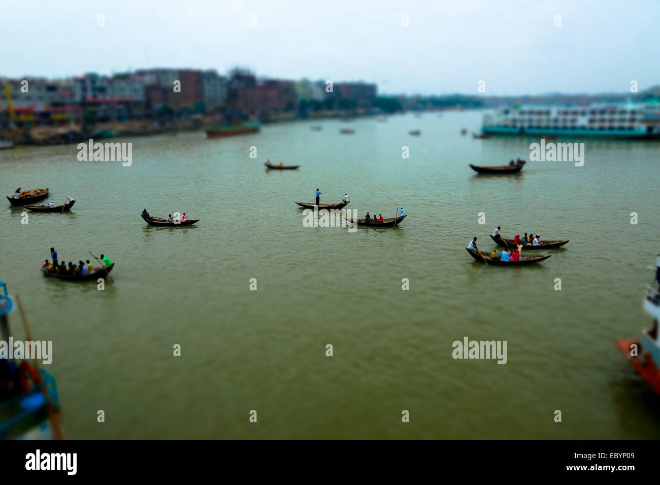 ferrying passengers across the port in dhaka, bangladesh - Stock Image
